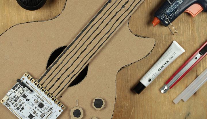 Touch Board-Karton-Gitarre