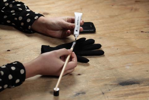 Farbe für den Touchscreen Handschuh - 1